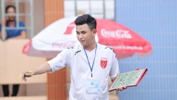 Lương Quốc Bảo: Người thầy trẻ và hoài bão lớn cùng bóng đá Long An