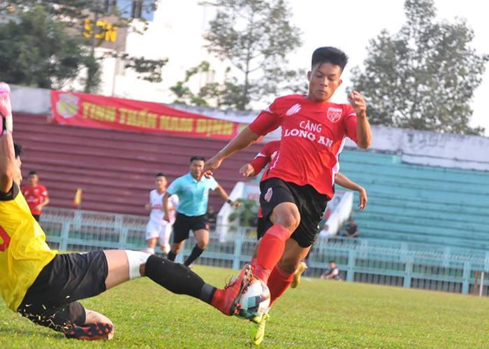 Huỳnh Tấn Tài rực sáng, Long An giành trọn 3 điểm trước HL Hà Tĩnh