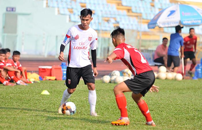 Nguyễn Khánh lập công, CLB Long An thắng nhẹ đàn em U19 trong trận giao hữu nội bộ