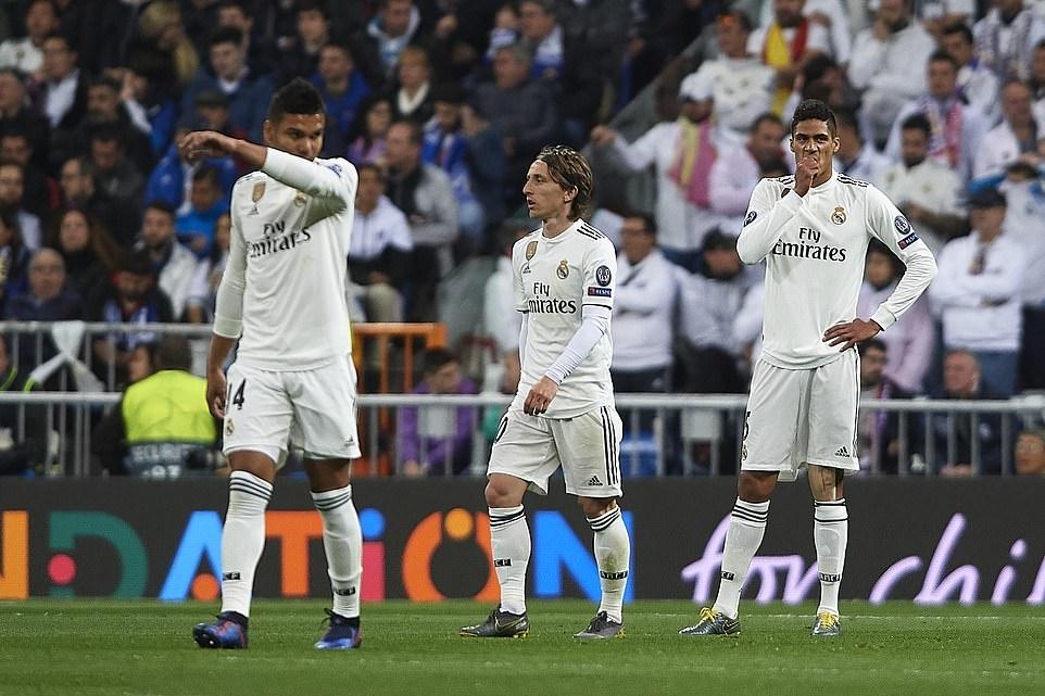 Thảm bại không tưởng tại Bernabeu, Real Madrid chính thức trở thành cựu vương Champions League