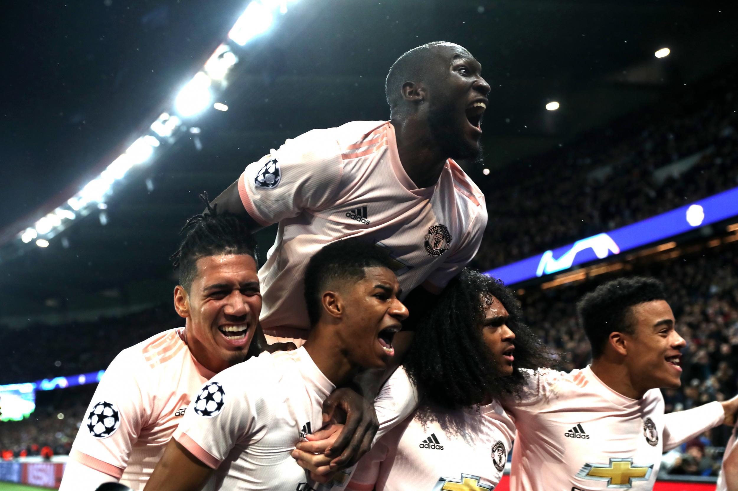 Cổ tích tại Paris, Man United nhấn chìm PSG trong màn mưa nước mắt