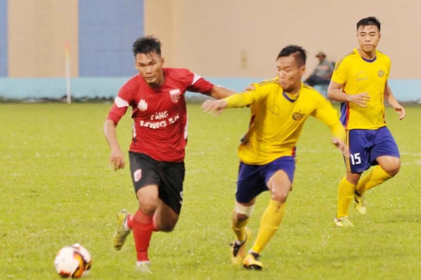 Nhận bàn thua phút 90+3, U21 Long An đánh mất 1 điểm trước Đồng Tháp