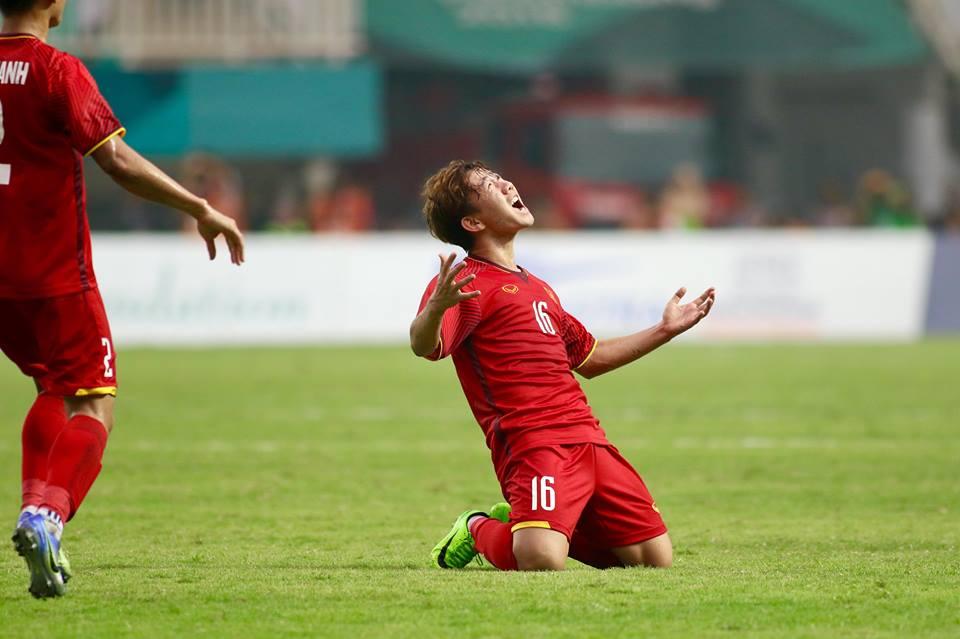 Minh Vương và bàn thắng siêu phẩm: